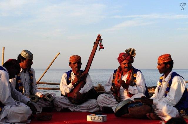 Folk Performers