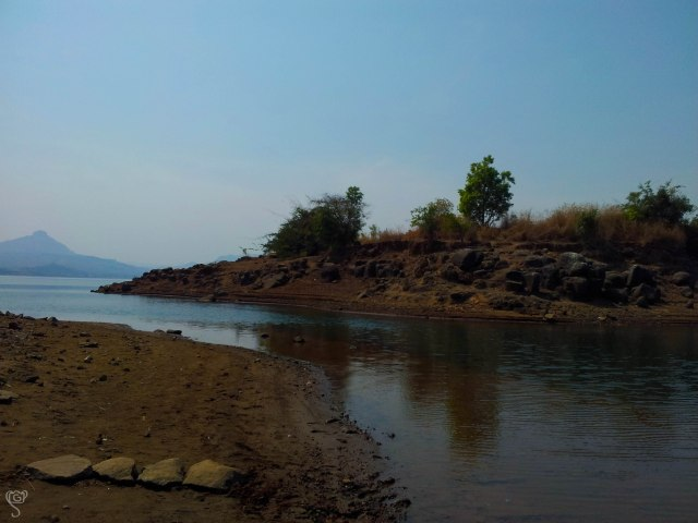 The backwater of Pavana