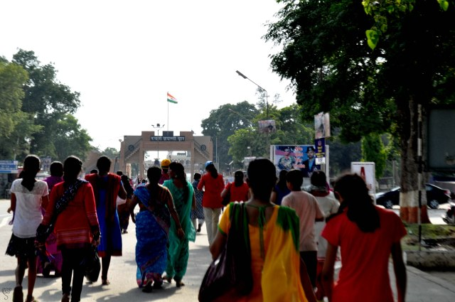 People rushing to have a good seat at Wagah Border