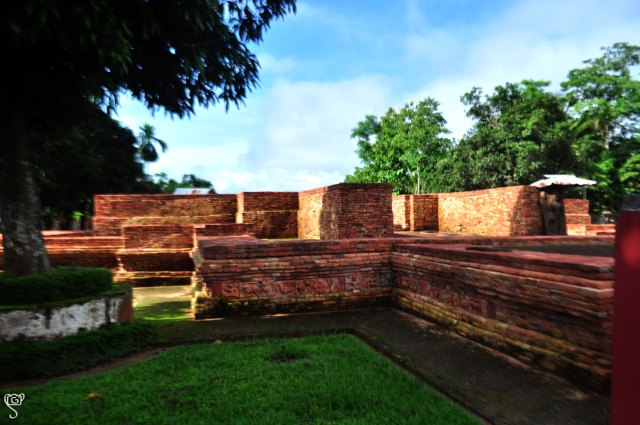 The Shamsundar Tila, the Buddhist Mound at Pilak