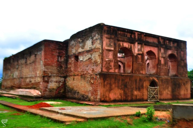 The ruins of the Rajbari