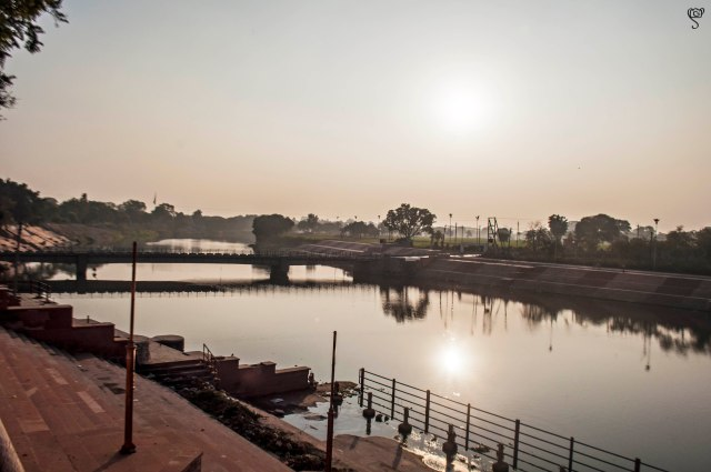 Shipra River by the Magalnath Temple