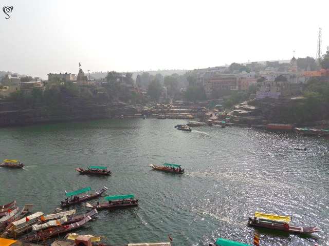 Numerous boats to ferry the devotees