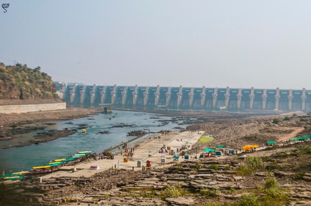 The Omkareshwar Dam and the Narmada Ghat in front