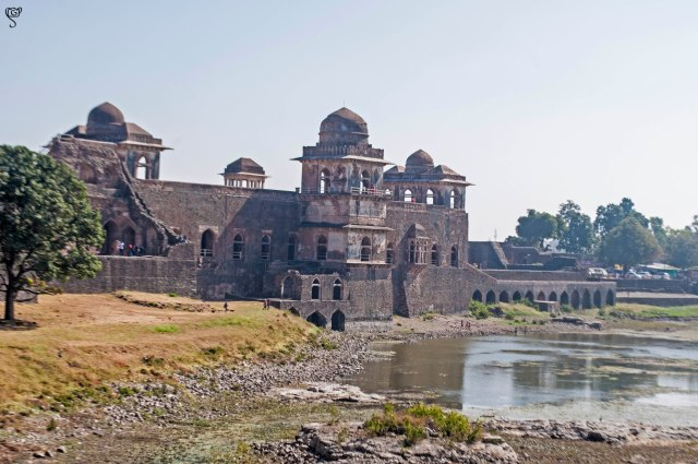 The Jahaz Mahal and the Munj Talao