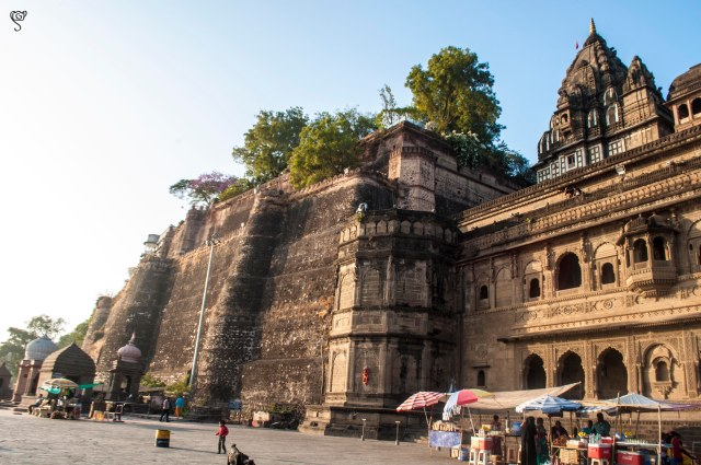 A small portion of the Holkar Fort on the left