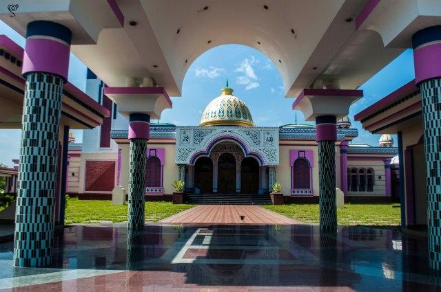 Baitul Aman Jame Masjid or the Guthia Mosque