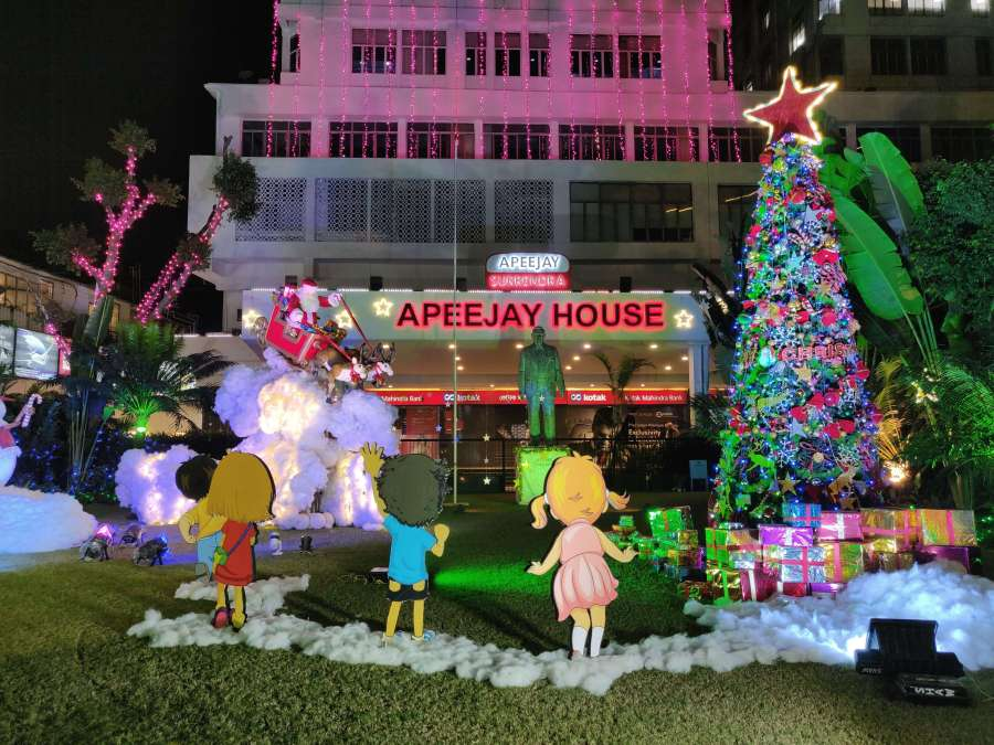 Christmas decoration in Park Street in front of Apeejay House in Kolkata