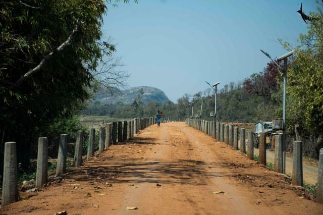 Dirt road near the Murguma Dam