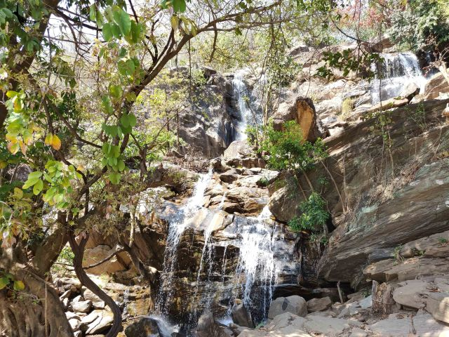 Bamni Waterfalls