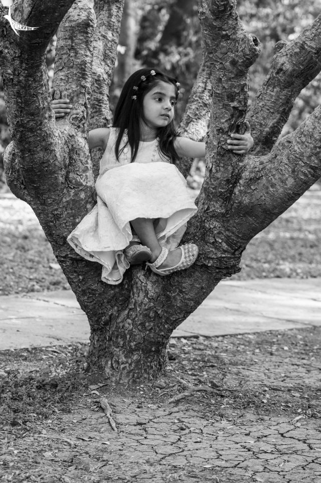 Child photoshoot in Aga Khan Palace