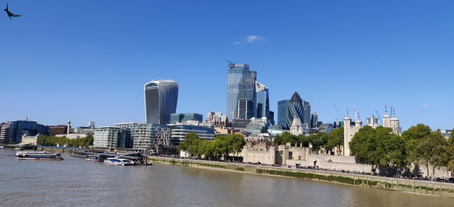 The view on the northern bank of the Themes - 20 Fenchurch Street
