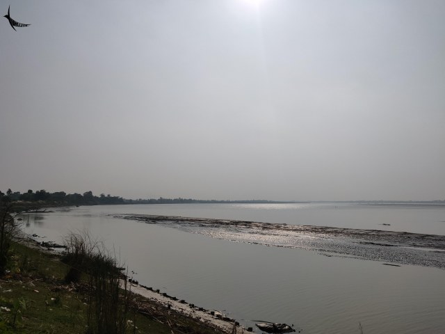 Rupnarayan river near his house