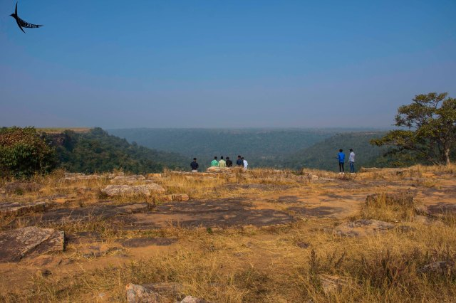 The barren land ends into the gorge and the greenery begins - Mendri Ghumar