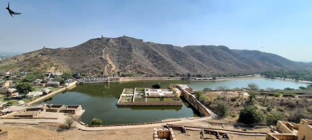 View of the Maota Lake from Amer Fort